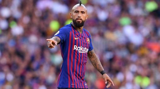 Barcelona Kelebihan Gelandang, Ivan Rakitic dan Arturo Vidal Bakal Dibuang?