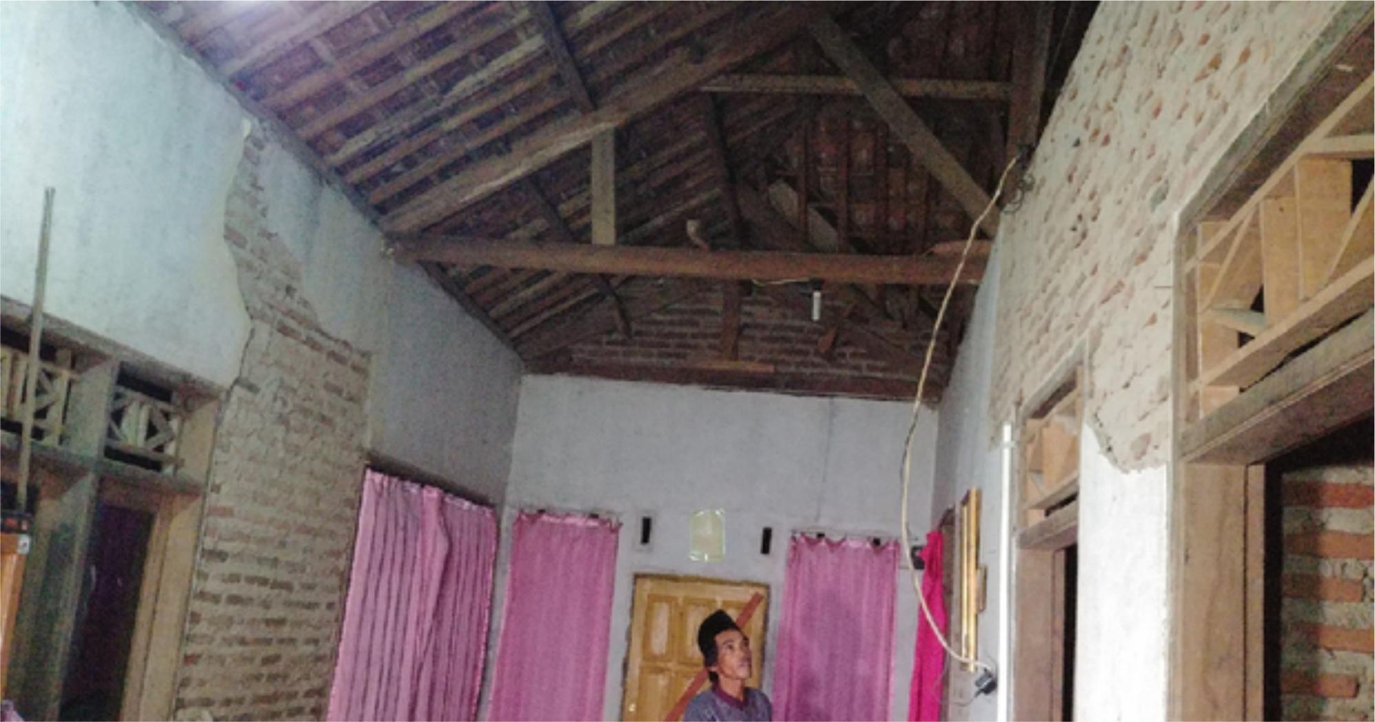 Dampak Kerusakan Gempa Bumi 6,9 M Di Mandalawangi Pandeglang